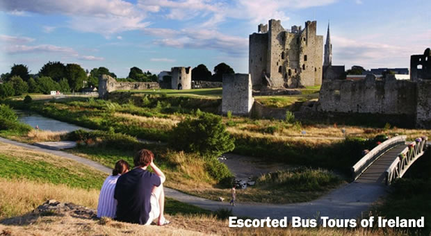Guided Tours of Ireland - Explore Ireland by Bus